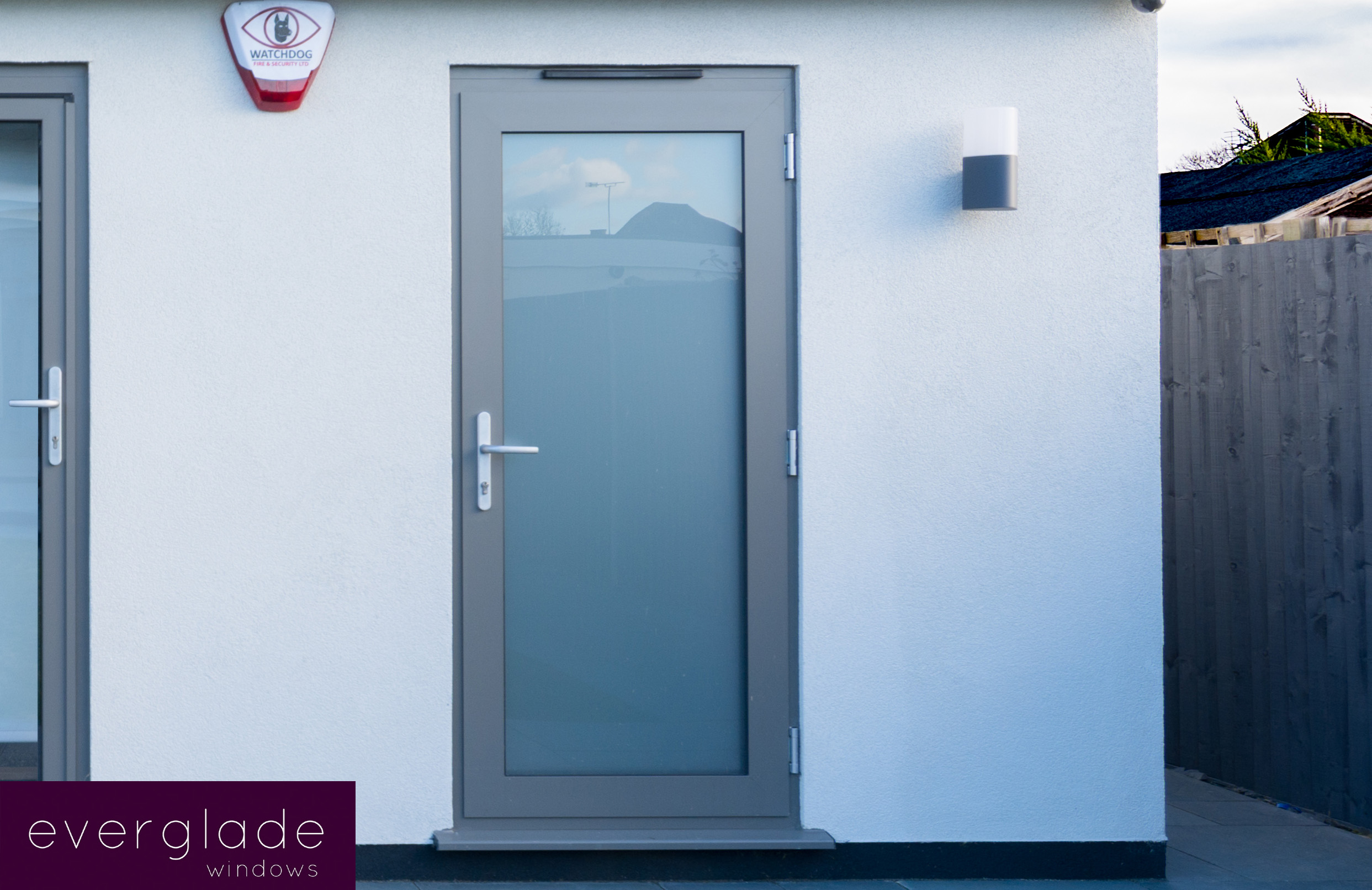 Residential Aluminum Entrance Doors : Aluminium entrance doors from everglade perivale